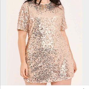 Dresses & Skirts - Sequin rose gold tshirt dress