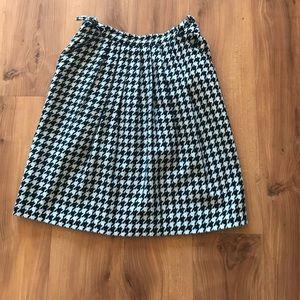 Wool blend houndstooth skirt