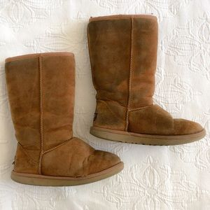 Classic Tall Uggs (Chestnut)