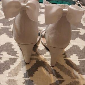 Betseyville White Glitter Wedges