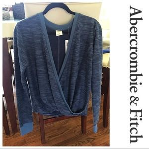 Abercrombie &Fitch wrap top