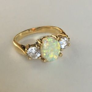 Opal CZ Gold and Silver three stone ring 💍