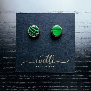 | CHIC GREEN MARBLE STUDS |