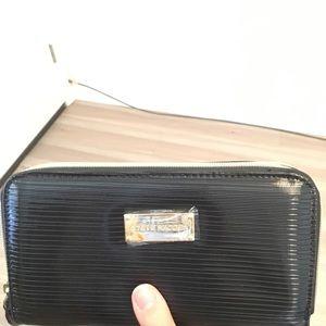 Steve Madden Black Double Zip Wallet