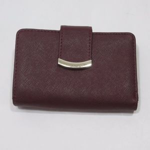 Handbags - Wine Faux Leather Wallet LOTS of Card Slots! *EE8