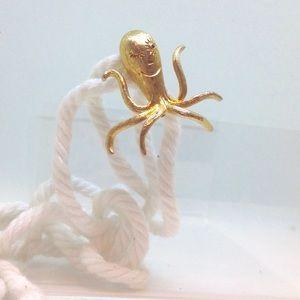 Happy Octopus Golden Brooch Pin