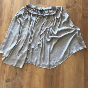 Size 6 blush Club Monaco skirt