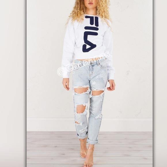 3e8dba9c2844 Fila Logo White Crop Top Sweatshirt