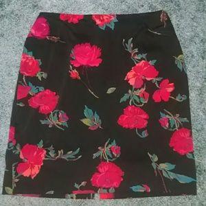 Vintage flowery pencil skirt