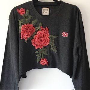 🌹LF NWOT🌹Furst Of A KInd Rose Crop Sweater!!!🌹