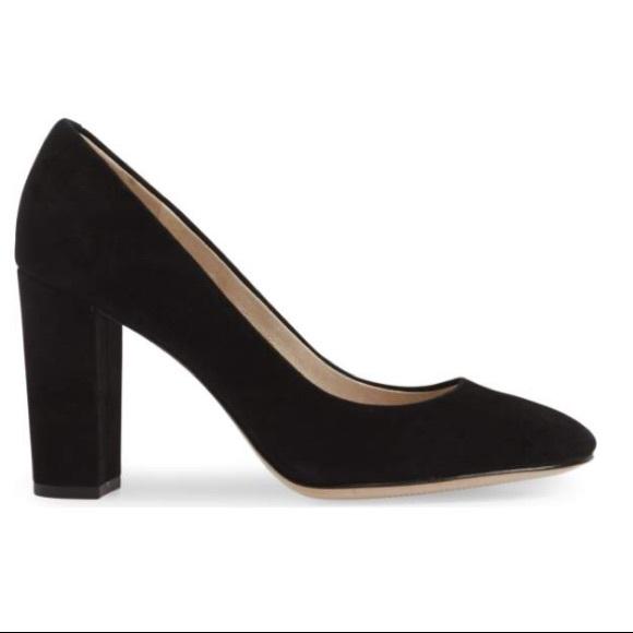 4012a7ed15d Louise et Cie Shoes - NWOT Louise et Cie Black Jianna Stacked Heel Pump