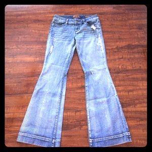 🍁. Seven 7 Jeans