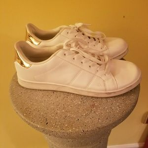 Forever 21 White Leather Tennis Shoes Sz 8
