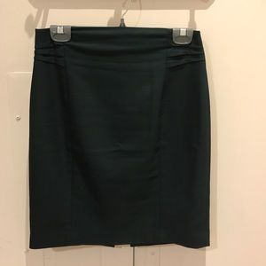 Express emerald green pencil skirt size 6