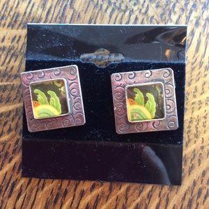 Vintage Jewelry - Modern Vintage Artsy Frame Studs