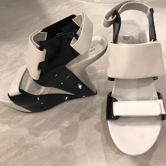 United Nude Shoes - Black and white wedges