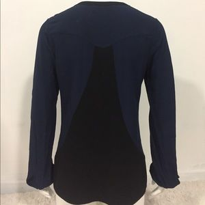 Beyond Vintage Tops - Beyond Vintage size Small blue black Long sleeve