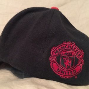 0d01175b66f Nike Accessories - Manchester United Fitted Ball Cap