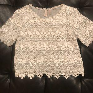Women's crochet crop top
