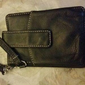 Giani Bernini nwot bifold phone black leather wris