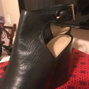 Tory Burch size 10