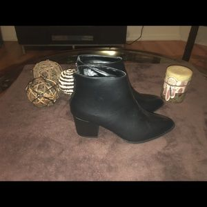 Just fab ankle boots size 9