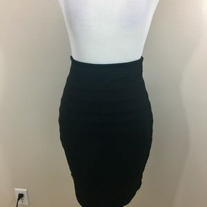 Express Pleated Black Skirt. Size 0. NWT.