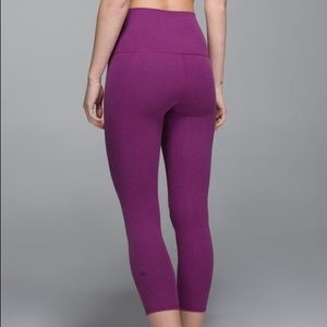Lululemon Wunder Under Roll Out Crop Size 4
