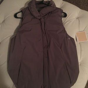 Gap thick lined vest size medium