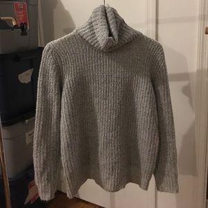 Forever 21 Gray oversized turtleneck sweater m