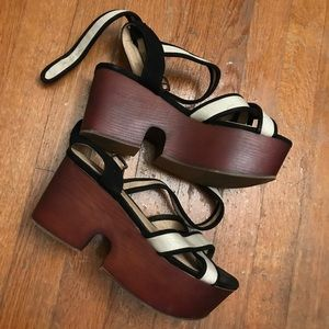 Retro Chunky Woodgrain Flatform Strappy Sandals