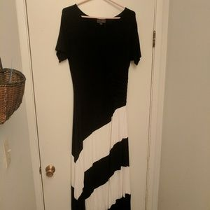 Long black and white stripped dress
