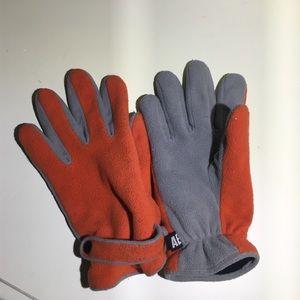 American eagle fleece gloves