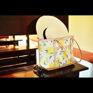 Kate Spade Perfect Summer Tote!!!