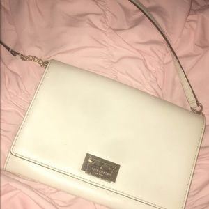 Kate Spade Crossbody (barely been used)