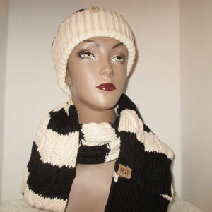 Ugg U1057 Women's Hat and Scarf Set