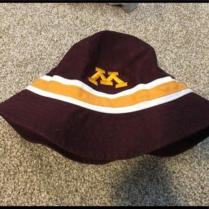 Other - UMN bucket hat