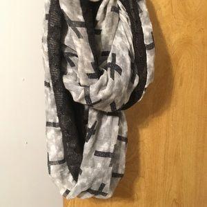 Cross& Lace scarf