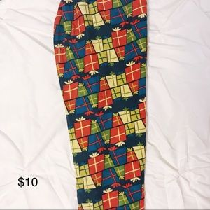 OS LuLaRoe Christmas Leggings