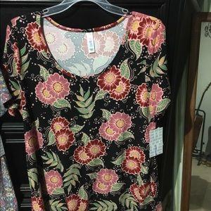 Lularoe shirt. Classic size large