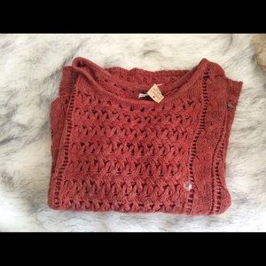 New American Eagle rust color sweater