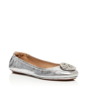 Cute flats. Perfect with skirts or leggings