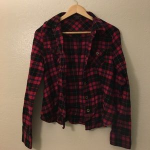 Red and Black Plaid Flannel Size M