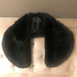 Silk & Sable Women's Faux Fur Shoulder Cover