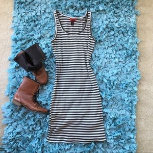 Rubbed Stripped Knee Length Casual Dress Small
