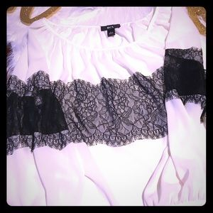 BCX white and black blouse