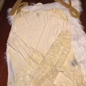 Jessica Simpson ivory blouse with lace accents