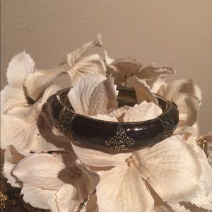 Fleur De Lis Stretch Bangle Bracelet