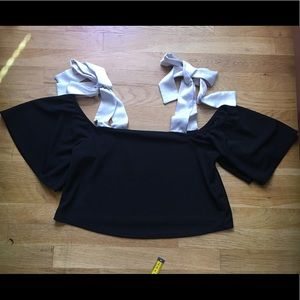 Zara Black White Bow Off Cold Shoulder Crop Top M