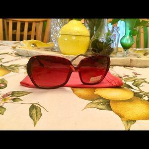 Ivanka Trump brown tortoise sunglasses NWT